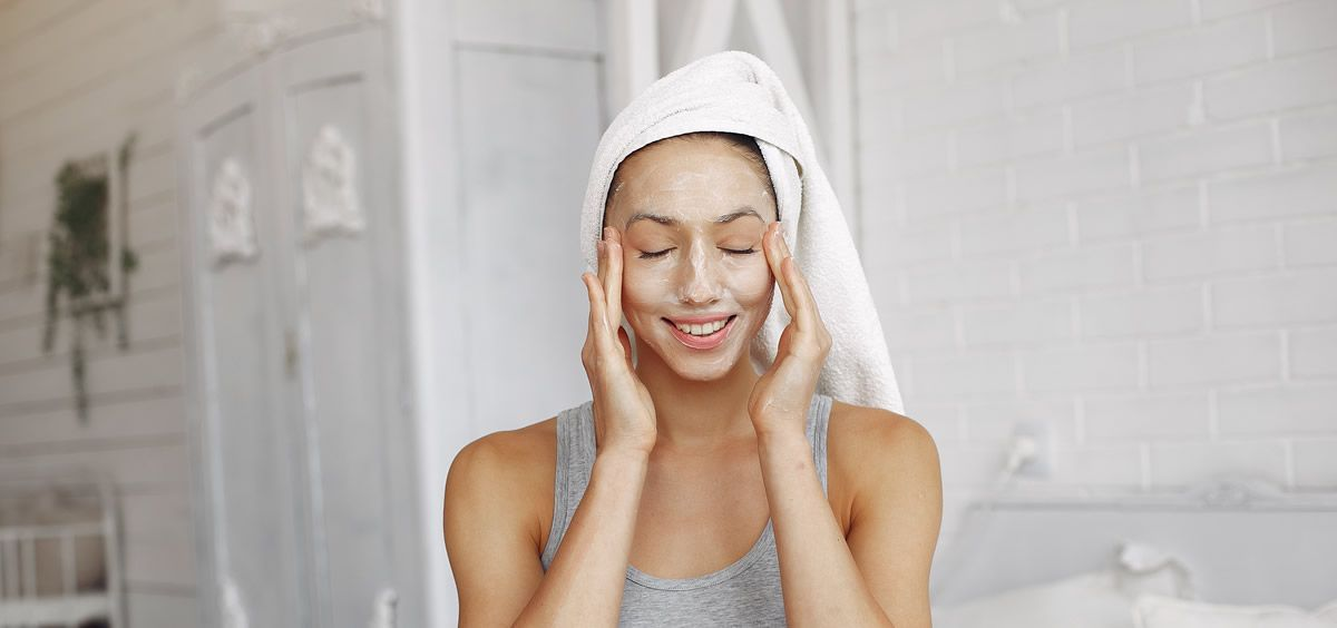 La importancia de la rutina facial para combatir el frío